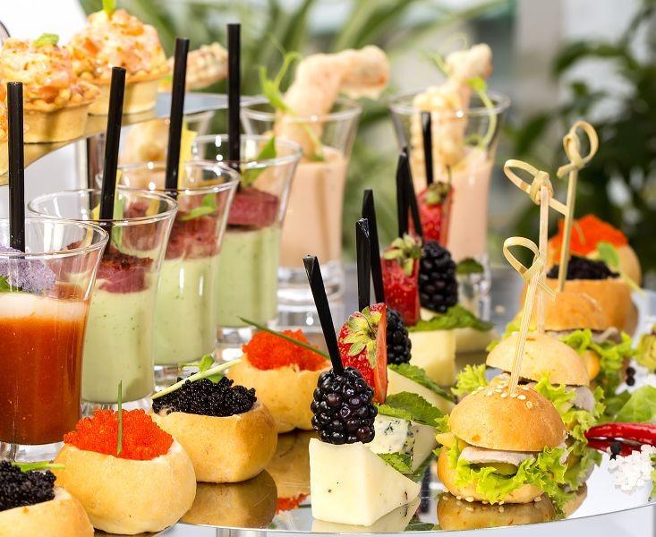 Еда и напитки 379