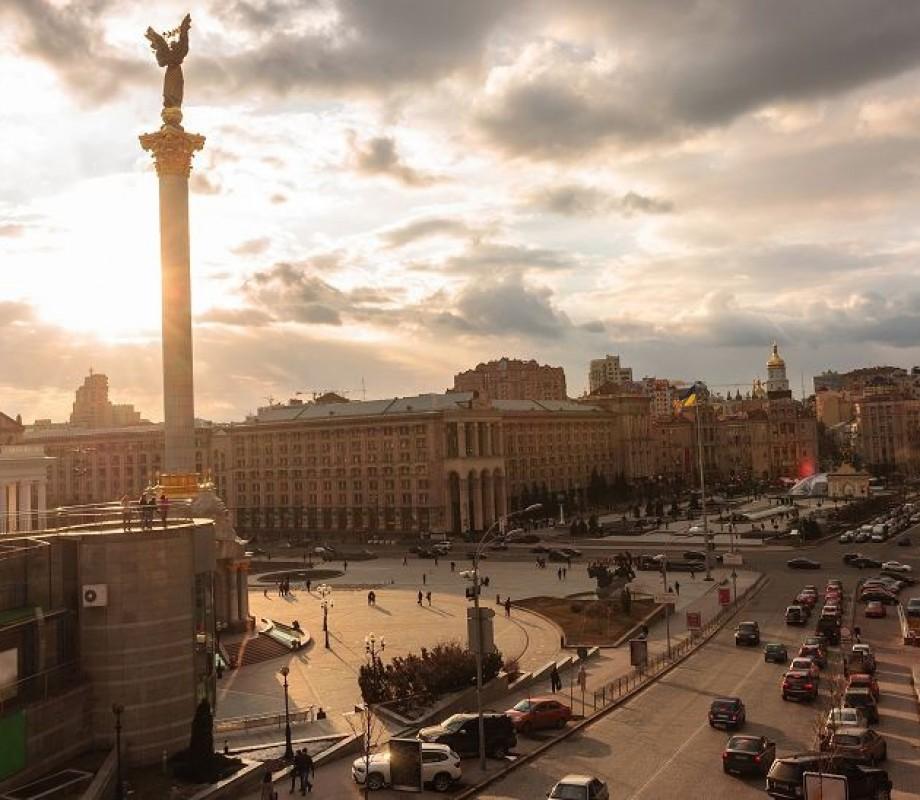 Украина 104